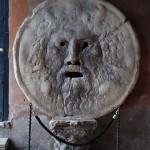 Bocca della Verità: ştiţi legenda din spatele ei?