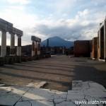 Pompei şi Herculaneum: două oraşe diferite, aceeaşi soartă