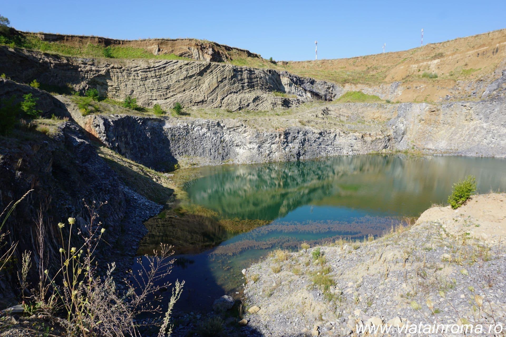 lacul de smarald racos
